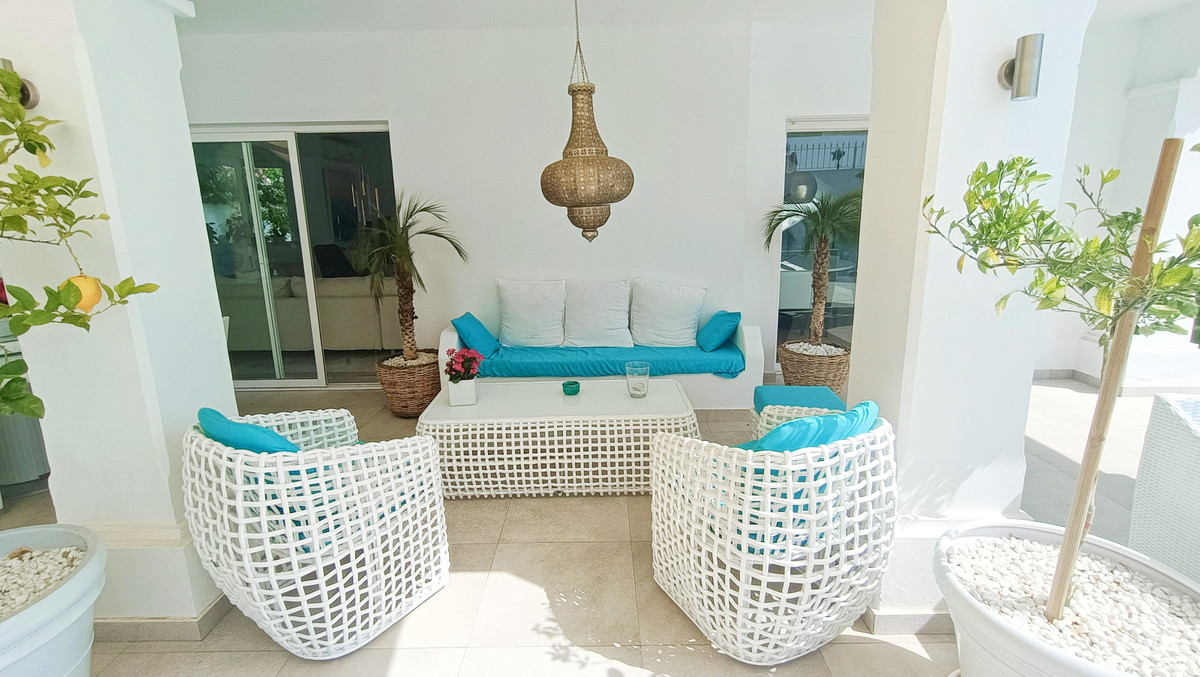 House in Atalaya R3886828 4