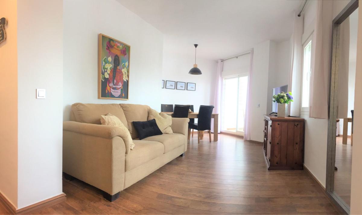 Apartment  Middle Floor for rent  in Bahía de Marbella