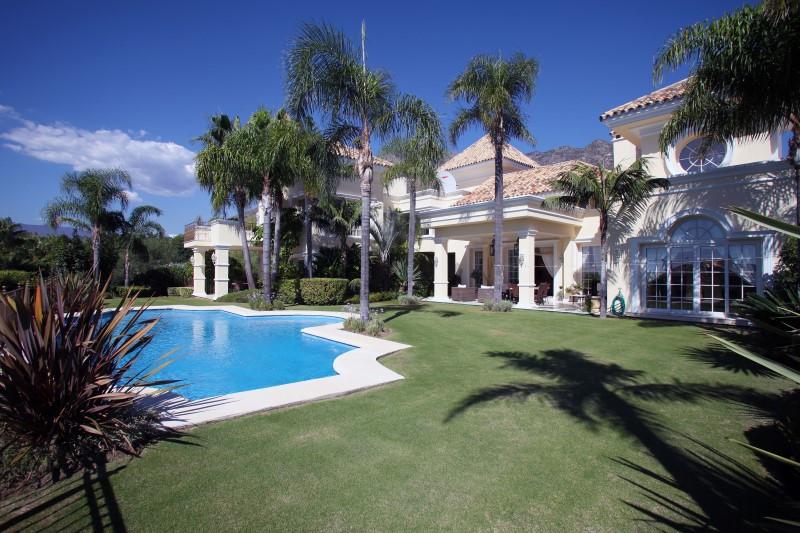 Villa Detached in Sierra Blanca, Costa del Sol