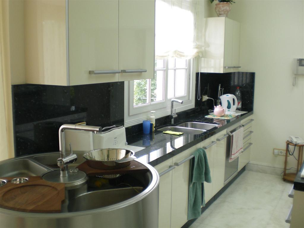 7 Bedroom Villa For Sale - Sierra Blanca