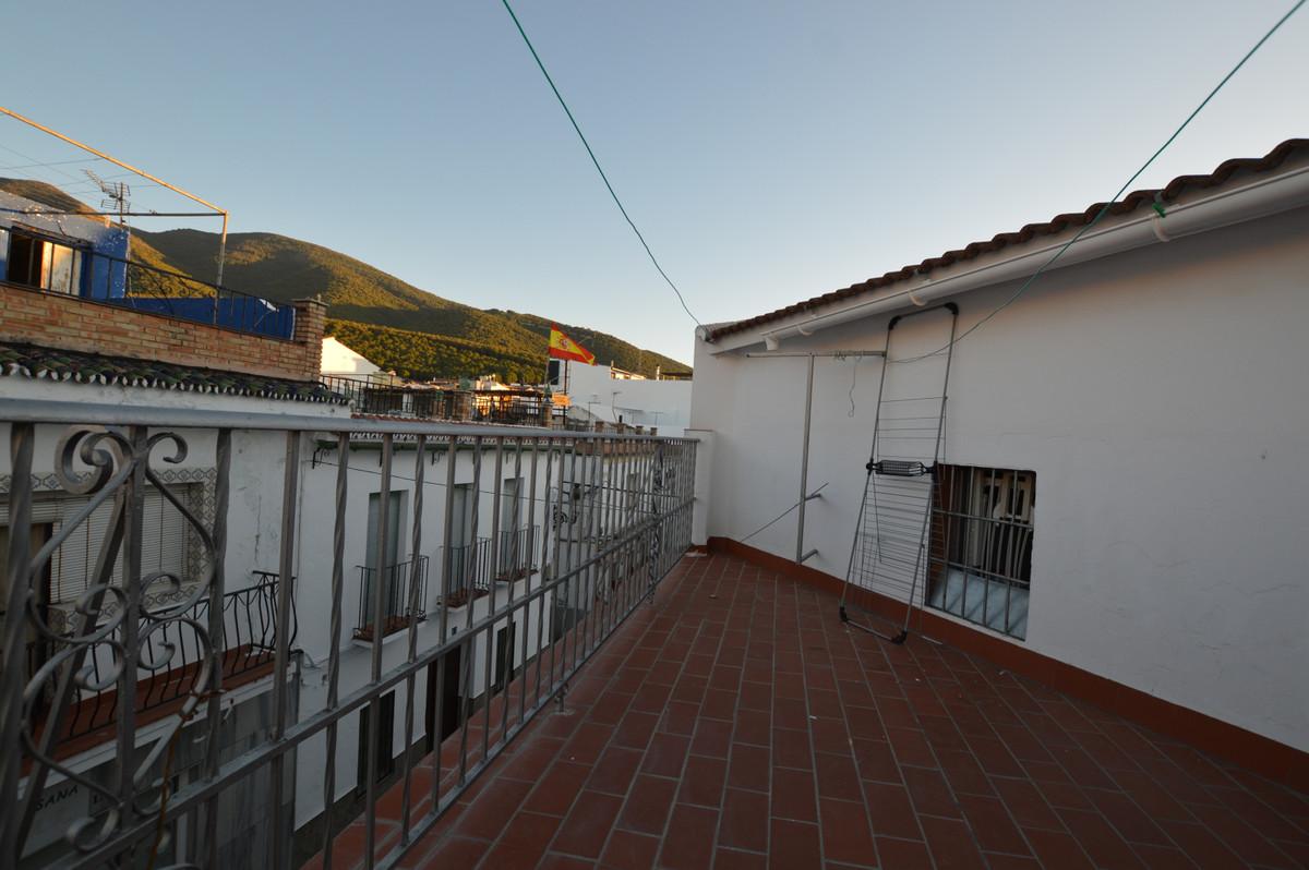 4 Bedroom Townhouse For Sale, Alhaurín el Grande