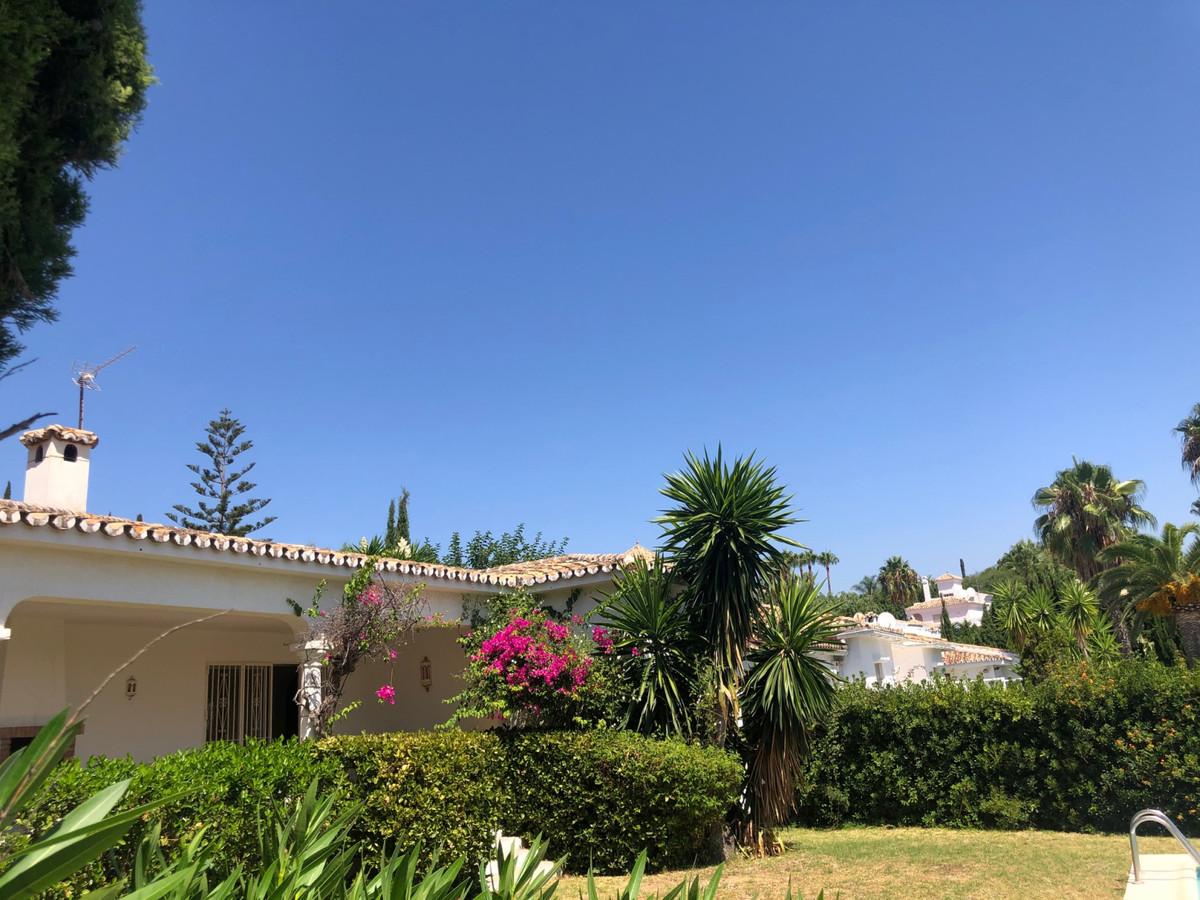 House in Atalaya R3680081 6