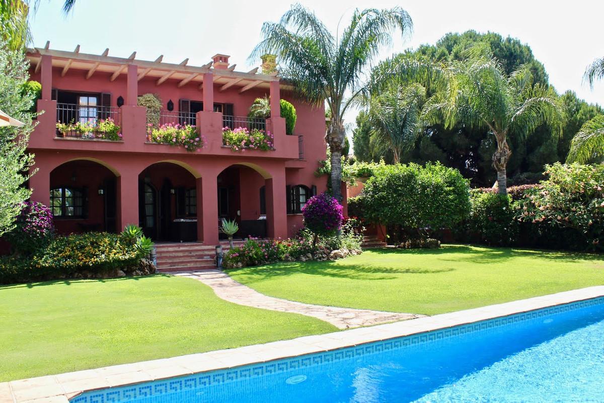 Fantastica villa en Linda Vista, a escasos metros de la playa. Una de las mejores villas de la zona ,Spain
