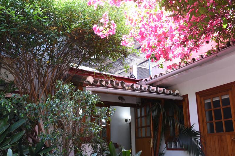 Villa 8 Dormitorios en Venta San Pedro de Alcántara