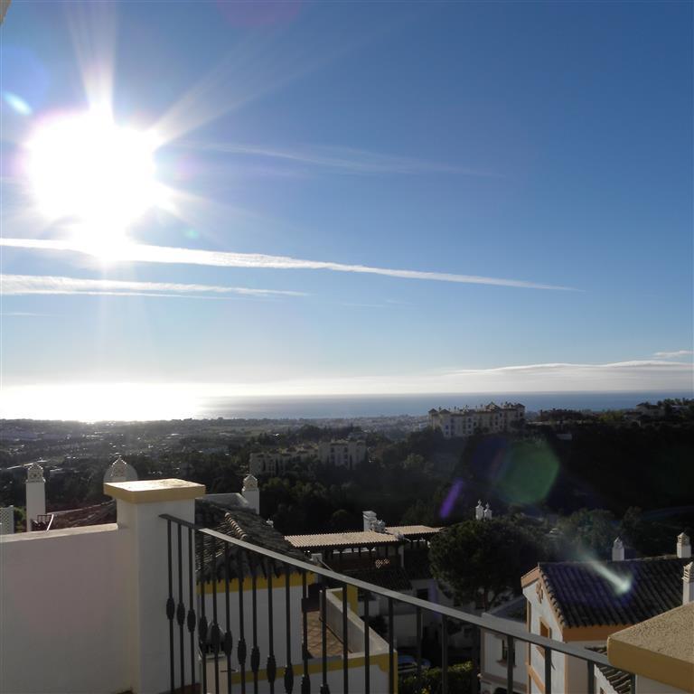 Casa las Vistas is a simply Stunning duplex penthouse La Heredia, Benahavis. This duplex penthouse  ,Spain