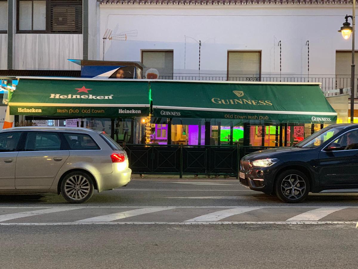 Commerce  Restaurant en vente  et en location  à Estepona