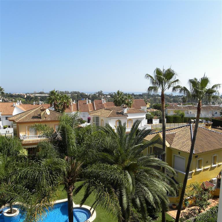 Beautifully kept 2 bedroom, 2 bathroom spacious apartment with sea views in Atalaya, overlooking the,Spain