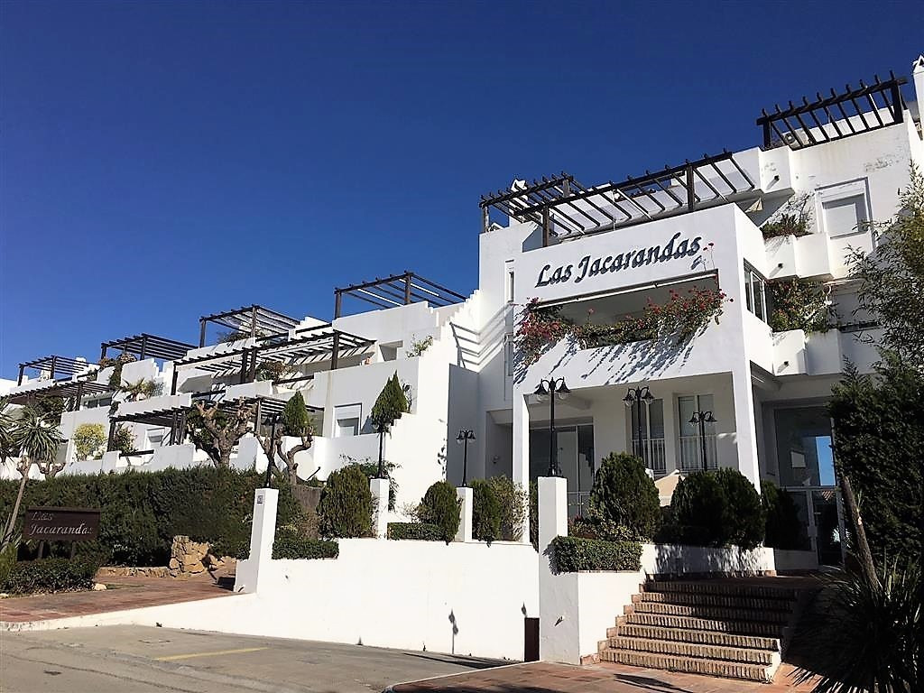 DISTRESS SALE WAS 225,000 NOW 198,500  Lovely garden apartment in a most sought after area easy walk,Spain
