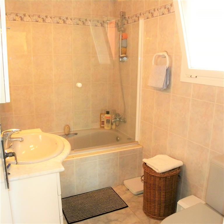 R2269922: Apartment in La Atalaya