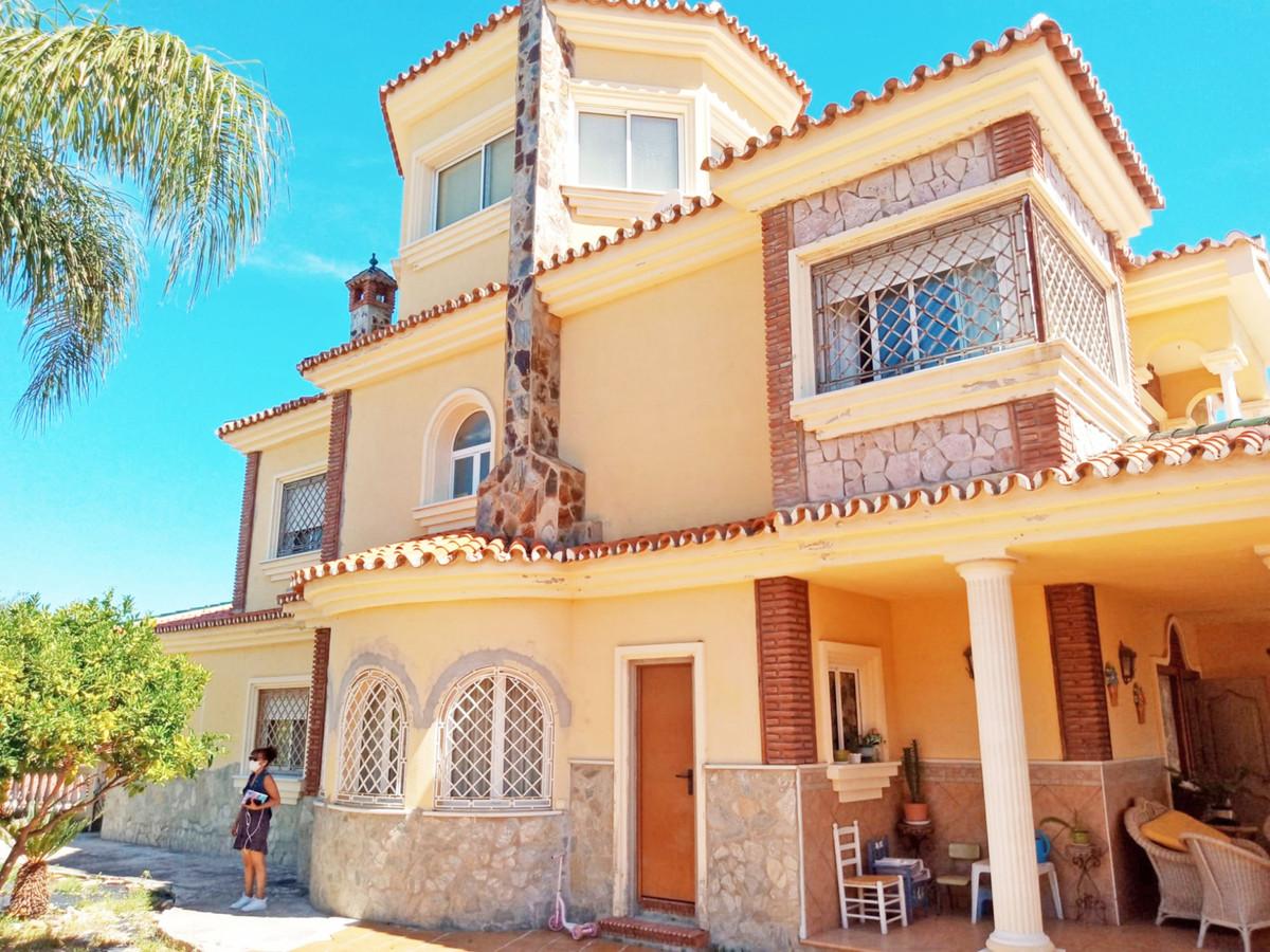 Hus in Alhaurín el Grande R3646040 3
