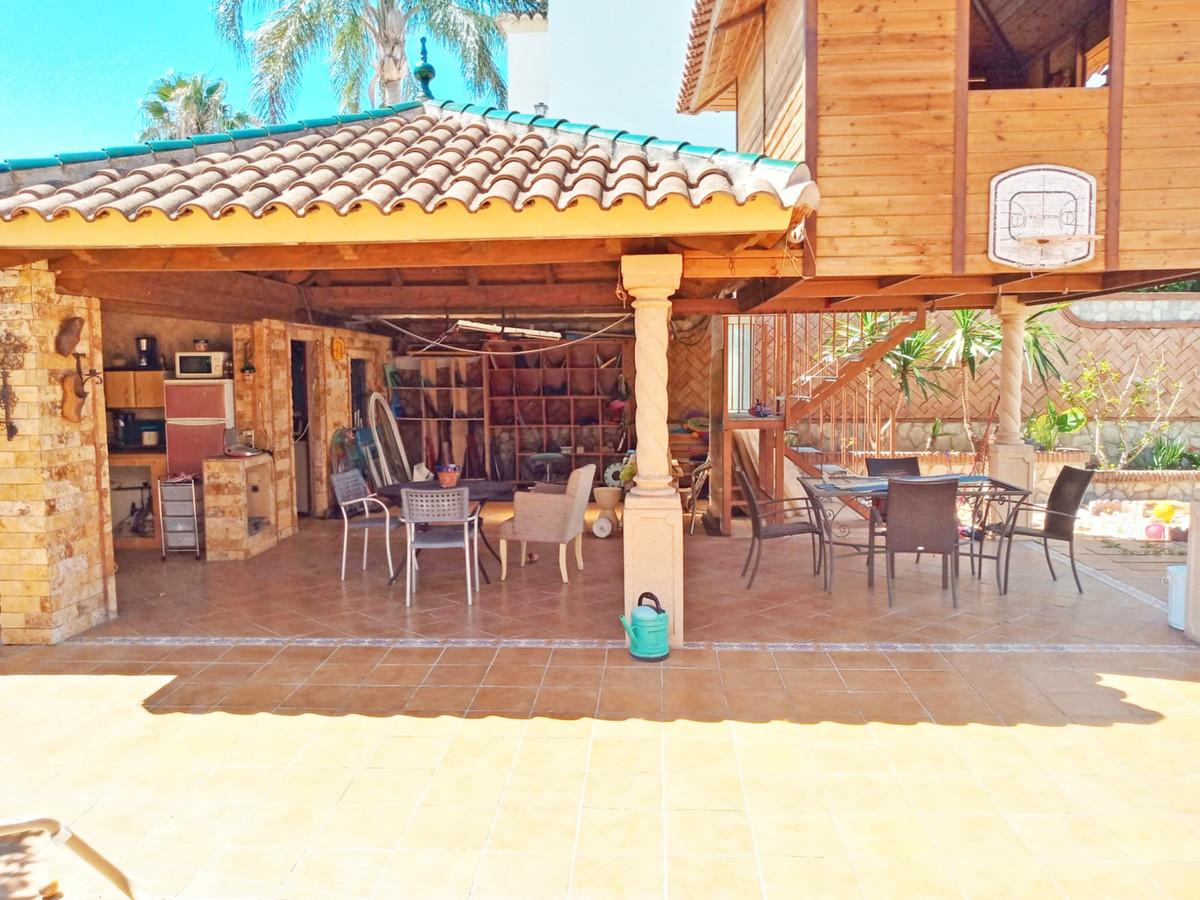 House in Alhaurín el Grande R3646040 38