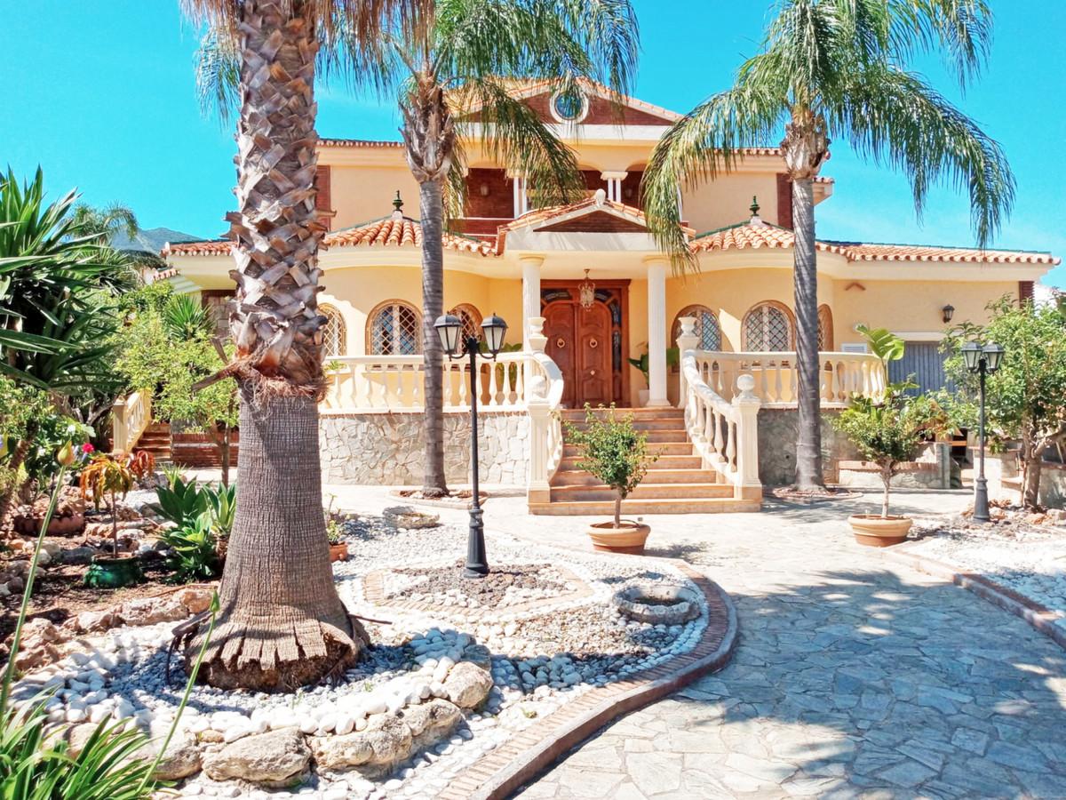 Hus in Alhaurín el Grande R3646040 40