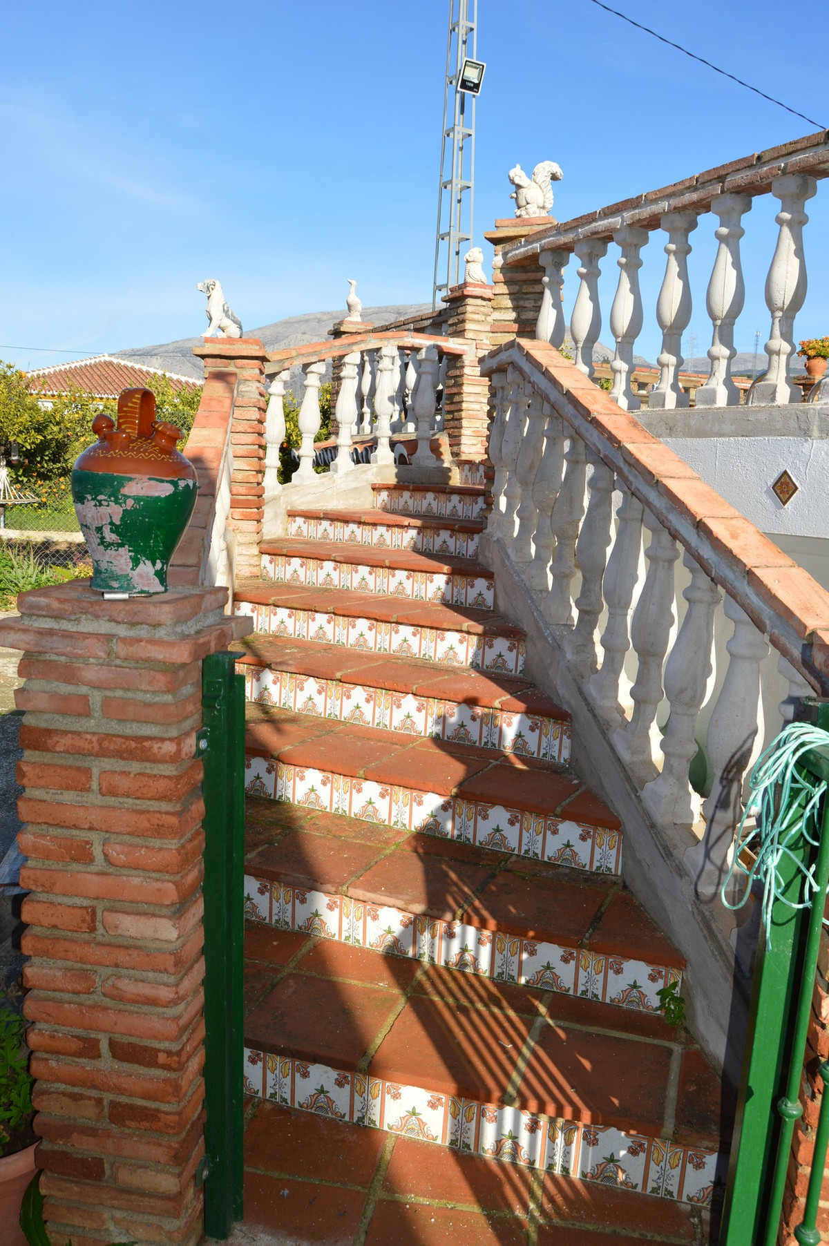 House in Alora R3594781 18