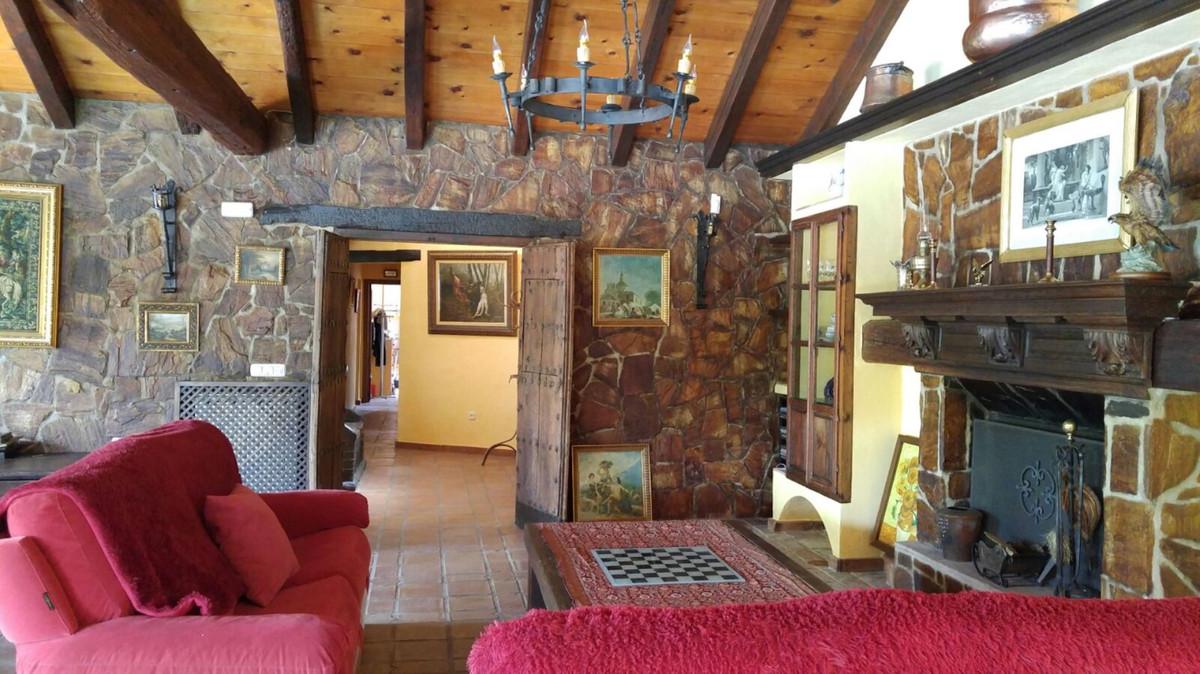 House in Alhaurín el Grande R3651443 8