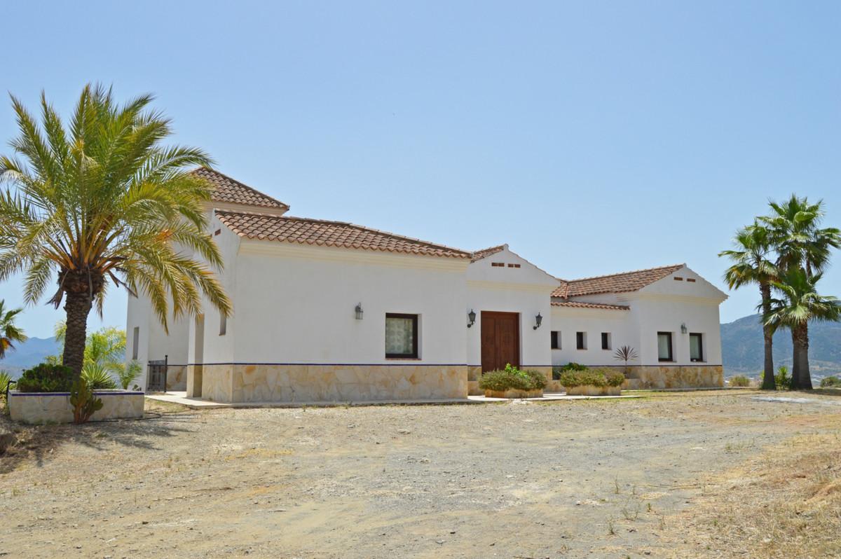 House in Alozaina R3660998 49