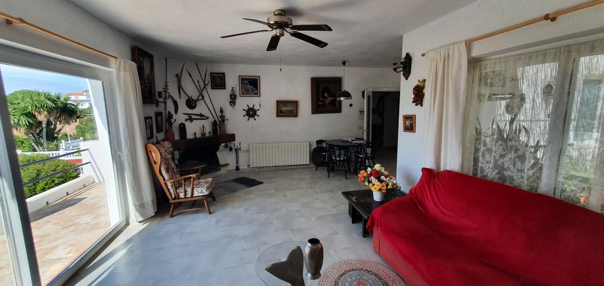 House in Alhaurín de la Torre R3874528 2