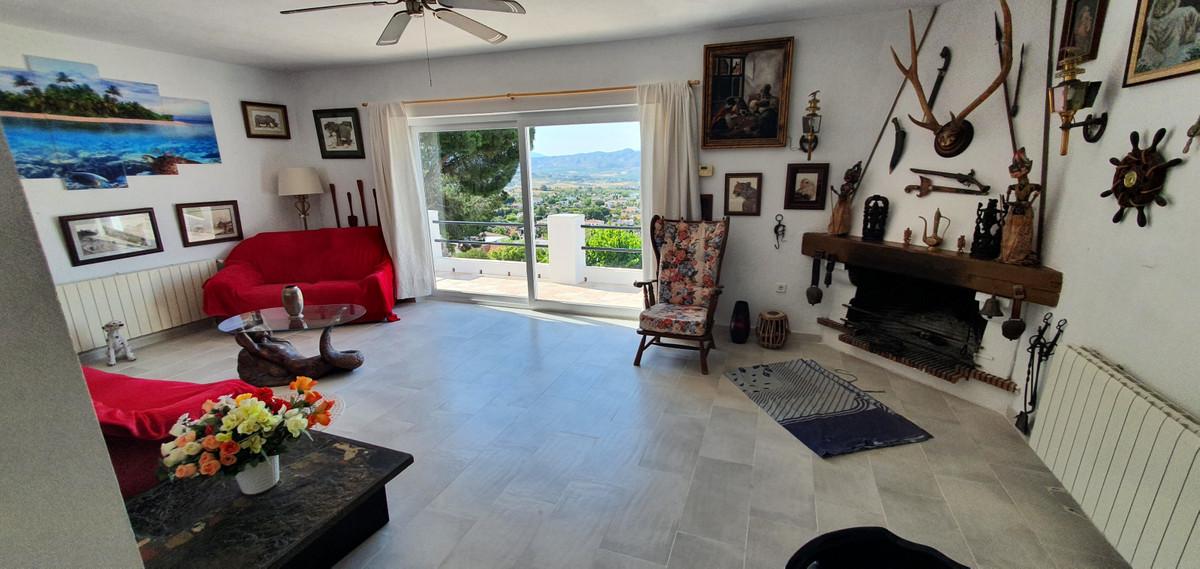 House in Alhaurín de la Torre R3874528 3