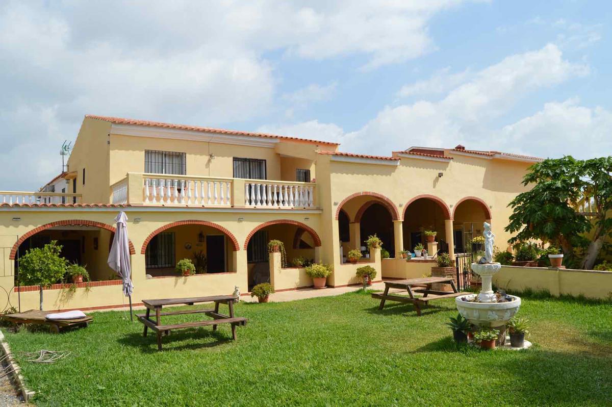 Apartment Complex for sale in Málaga R3913951