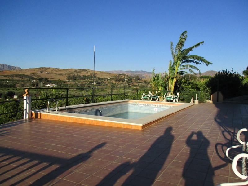 House in Alora R2821652 12
