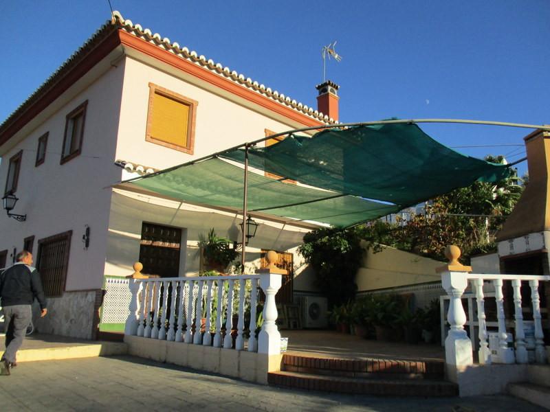 House in Alora R2821652 2