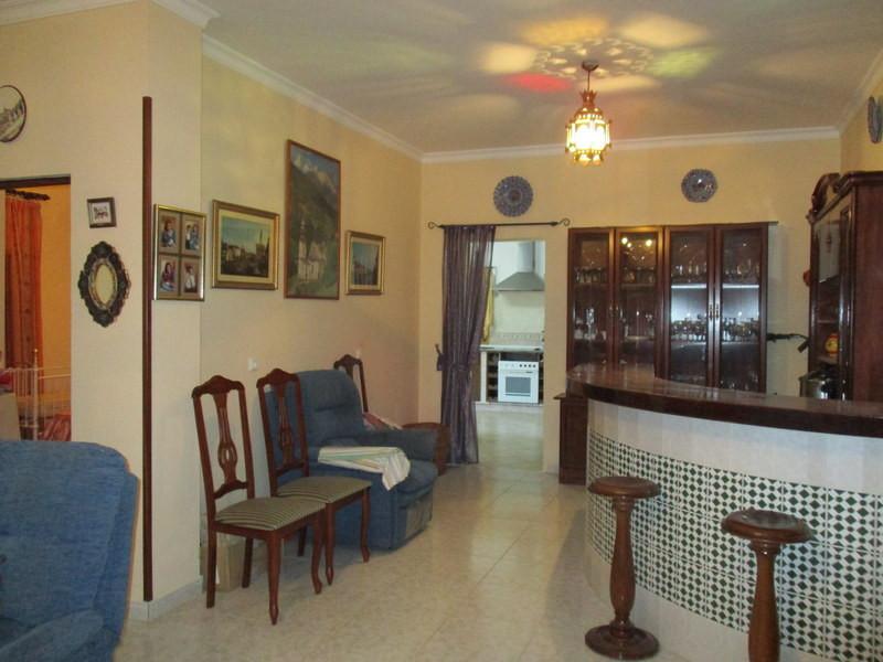 House in Alora R2821652 5
