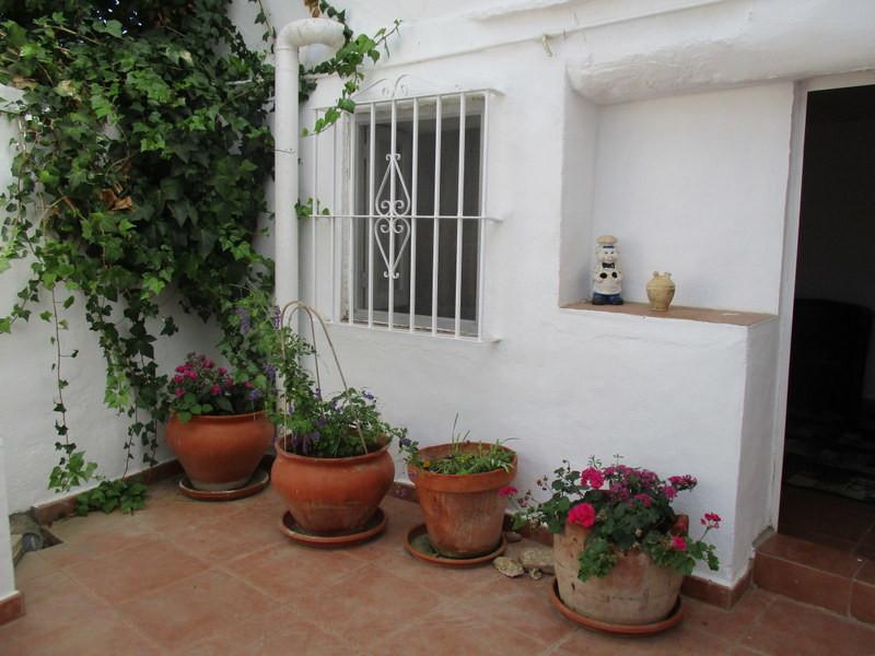 House in Alora R3259816 20