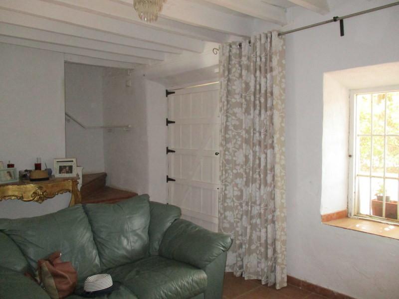 House in Alora R3259816 7