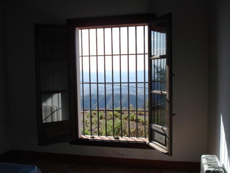 House in Alora R2504711 15
