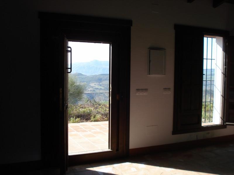 House in Alora R2504711 6