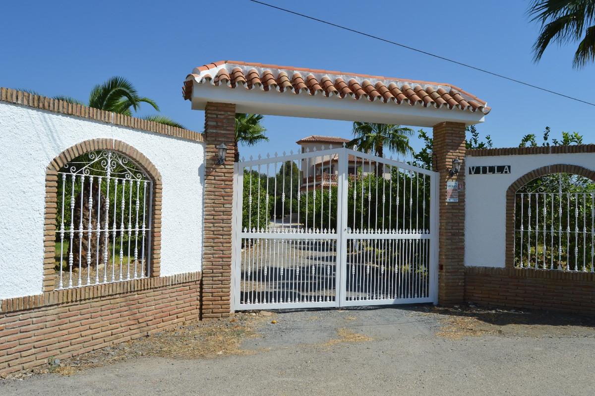 House in Alora R2963744 20