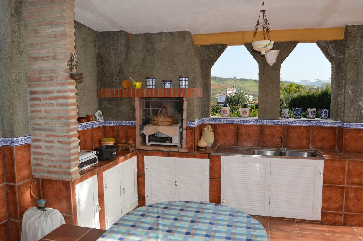 House in Alora R2831273 21