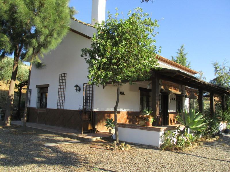 House in Alora R2955245 1