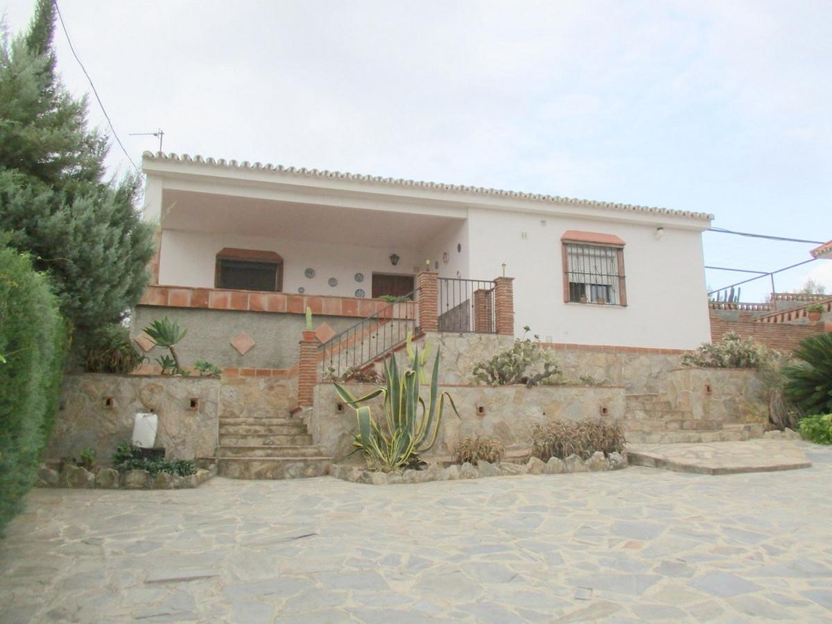 House in Alora R3517882 1