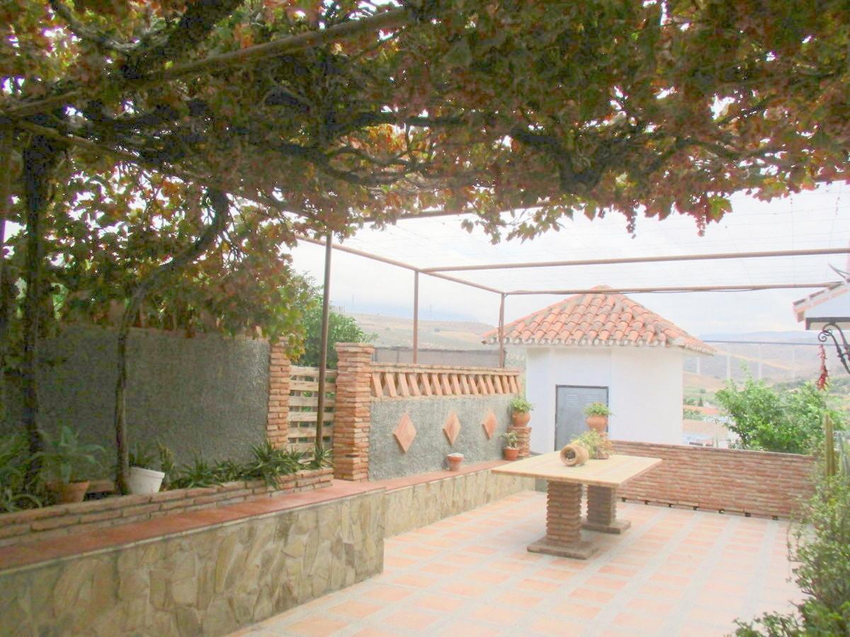 House in Alora R3517882 22