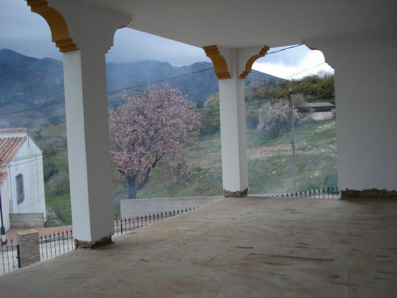 Villa con 2 Dormitorios en Venta Carratraca