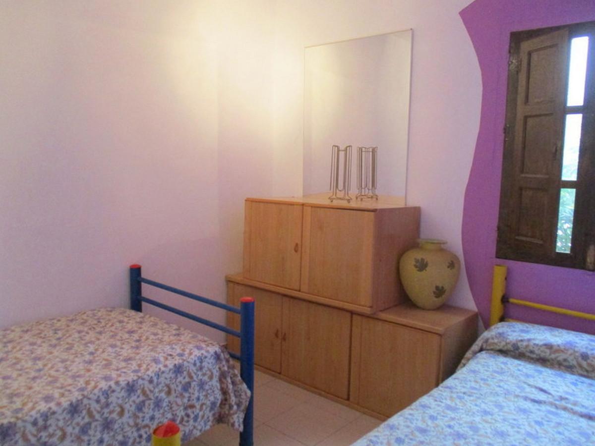 House in Alora R3373870 14