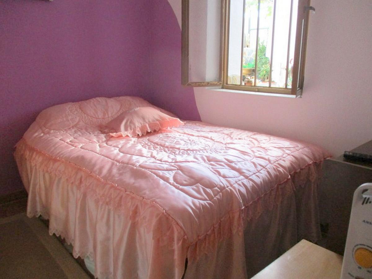 House in Alora R3373870 15
