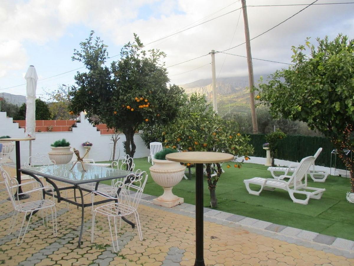 House in Alora R3373870 18