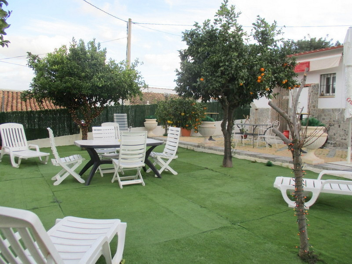 House in Alora R3373870 19