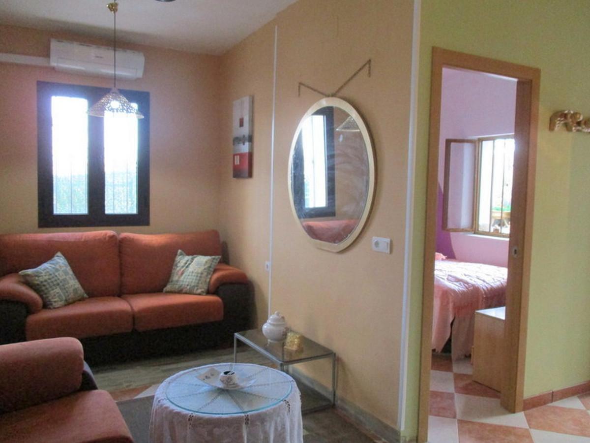 House in Alora R3373870 6