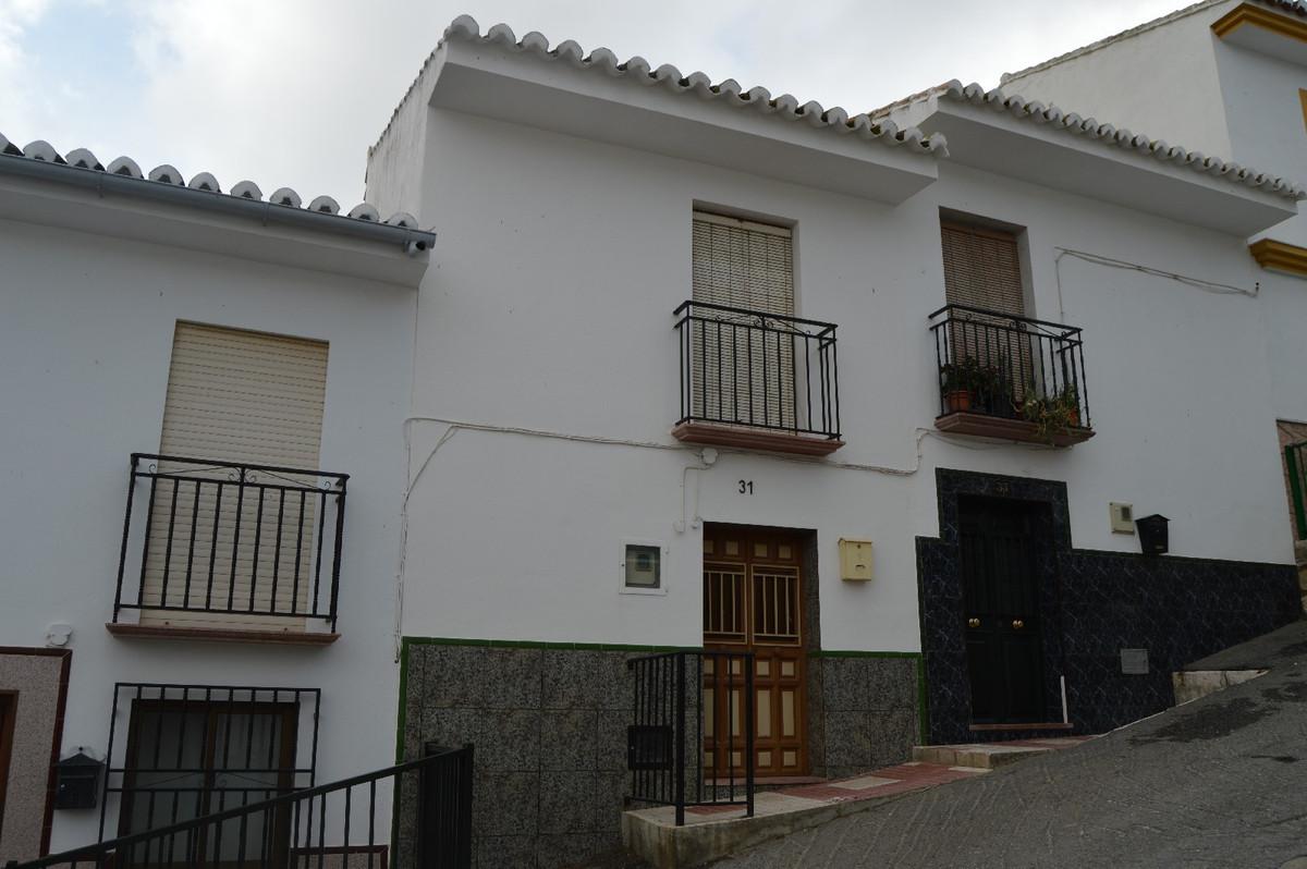 Unifamiliar Adosada 3 Dormitorio(s) en Venta Valle de Abdalajis