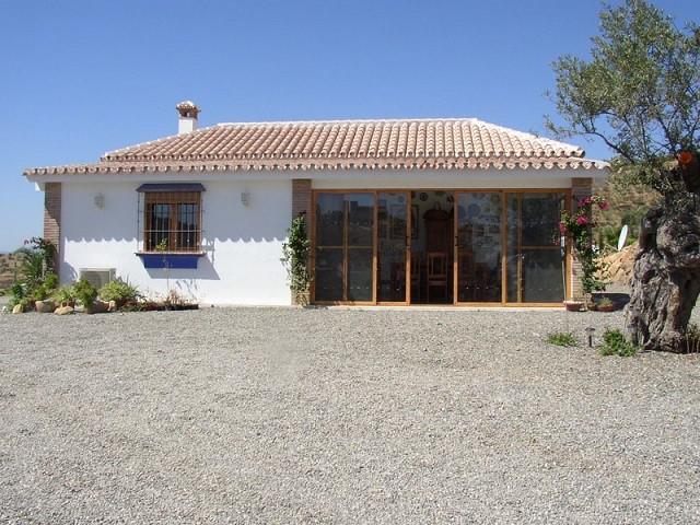House in Alora R2744708 24