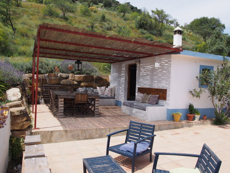 House in Alora R3197446 10