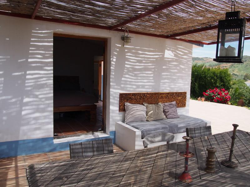 House in Alora R3197446 11