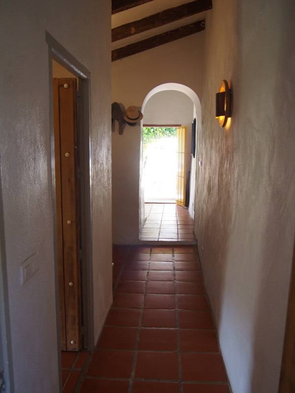 House in Alora R3197446 17