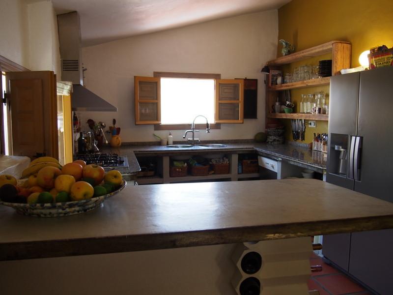House in Alora R3197446 21