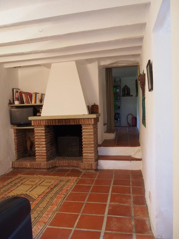 House in Alora R3197446 4