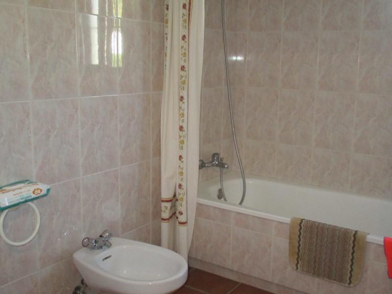 House in Alora R3291688 10