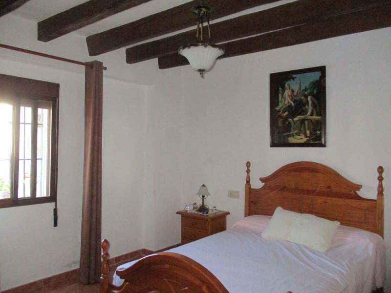 House in Alora R3291688 13