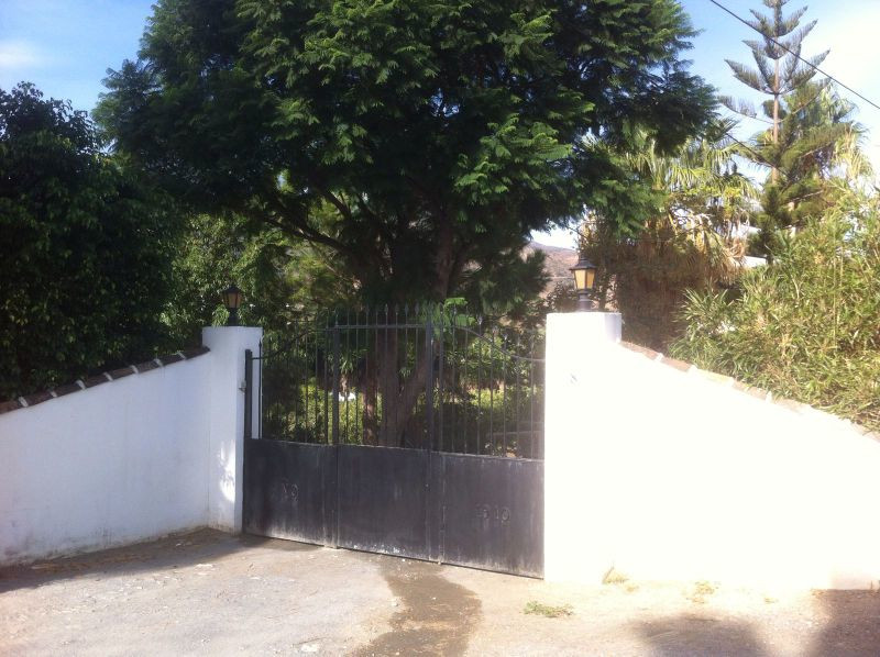 House in Alora R3291688 20